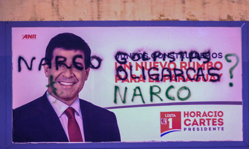 Graffiti-accusing-Cartes-of-being-narco1